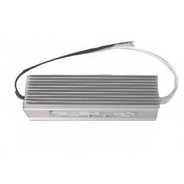 alimentatore per strisce led ad uso interno o esterno.12v.consumo 5a - 60w.dimensioni: 15x7,8x4 cm.