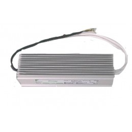 alimentatore per strisce led ad uso interno o esterno.12v.consumo 8a - 100w.dimensioni: 18x7x4 cm.