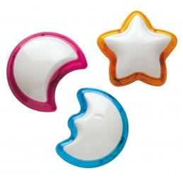lampada  push colorata disponibile in 3 forme assortite: cuore, stella e luna. adatta per qualsiasi utilizzoinstallabile a paret